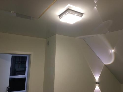 Lackspanndecke Dachschräge Weiß Glanz Wörth 3